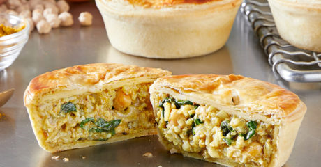 Curry, cauliflower and chickpea pie