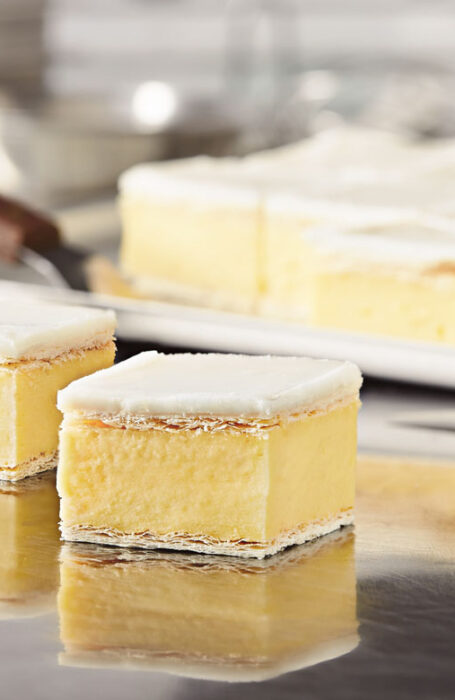 traditional vanilla slice